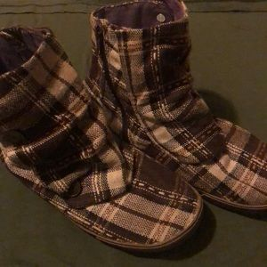 Brown Plaid Booties!